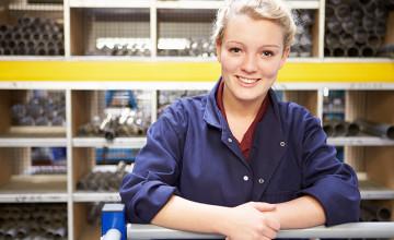 Womens Engineering scholarship_shutterstock_165328145